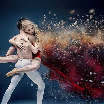 30+ Bloody Awesome Dispersion Effect Photoshop Actions