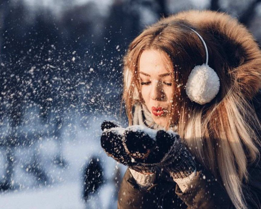 15+ Spectacular Snowflakes Templates & Overlays