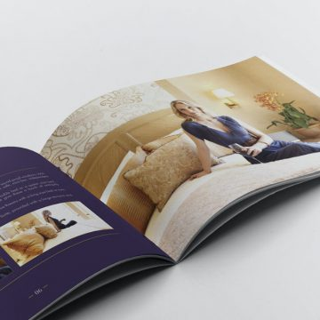 15+ Creative Hotel Brochure Templates